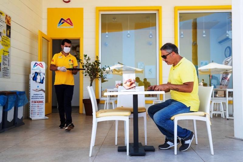 18 ayda 8 kafe açıldı, 2 kafenin de hazırlıkları sürüyor