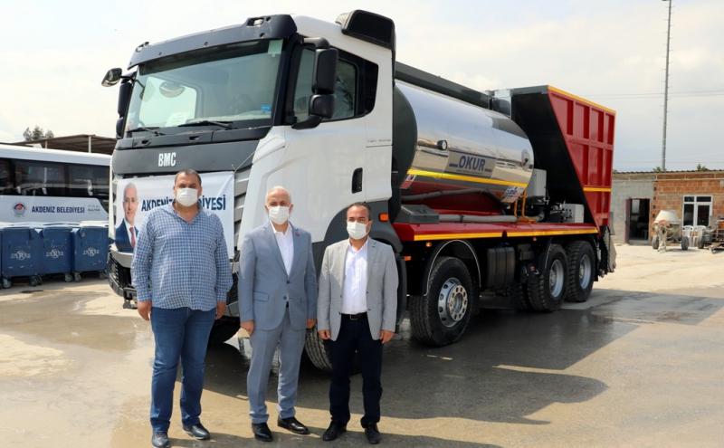 Akdeniz Belediyesine soğuk asfalt aracı