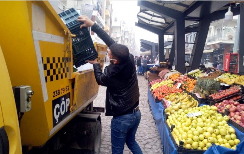Akdeniz'de günde 400 ton çöp toplanıyor