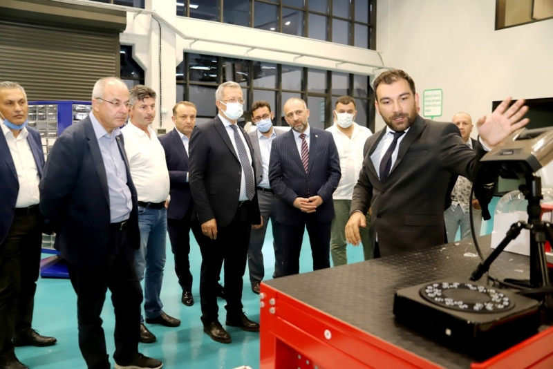 Batı Karadenizli işadamları Model Fabrika'da incelemelerde bulundu