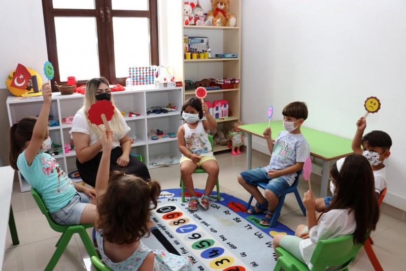 Çocuklara duygu kelime dağarcığı çalışması yapıldı