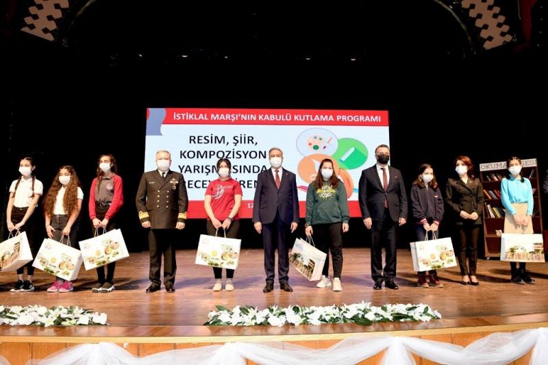 İstiklal Marşının kabulünün 100. yılı Mersin'de törenle kutlandı