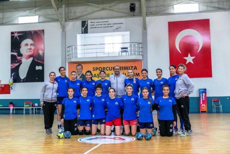 Mersin Büyükşehir Belediyesi Kadın Hentbol Takımında hedef şampiyonluk
