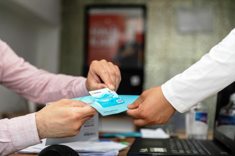 Mersin Büyükşehir Belediyesinden Halk Kart sahiplerine KPSS başvuru desteği