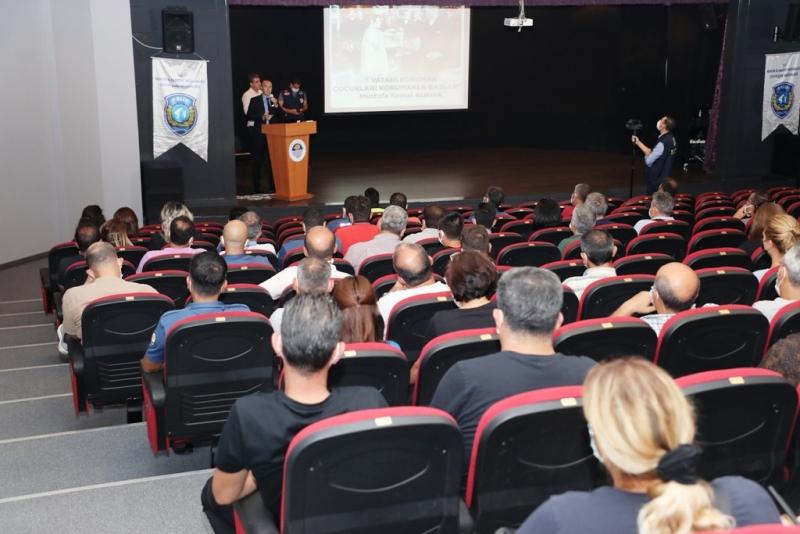 Mersin'de 'güvenli okul, güvenli gelecek' projesi sürüyor