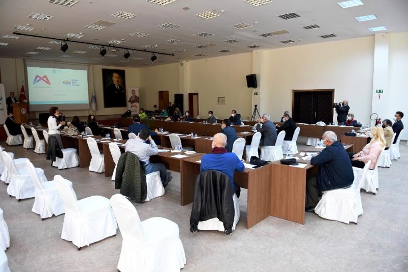 Mersin'de Yaşlı Dostu Kent Çalıştayı yapıldı