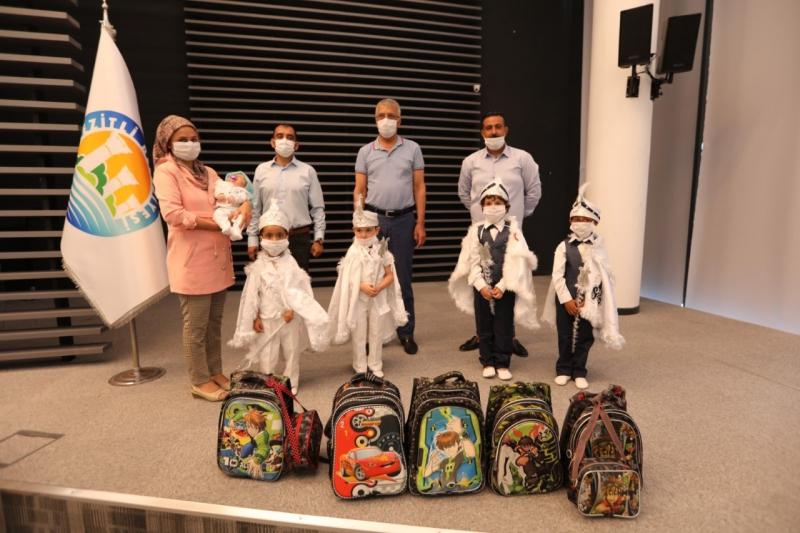 Mezitli'de gençlerin iyilik hareketi 15 miniğin sünnet olmasını sağladı