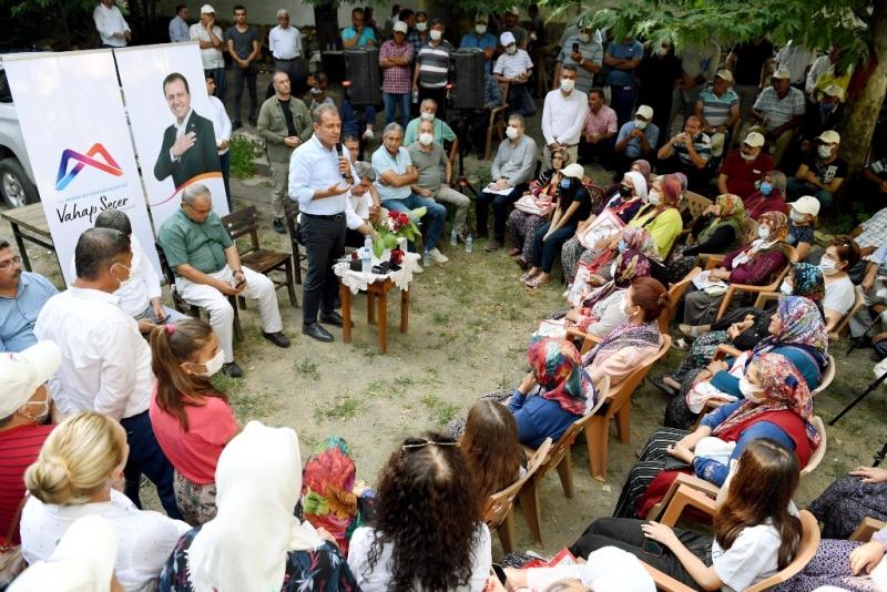 Seçer Siyaseti sokakta yapmak, vatandaşla iç içe olmak bizi başarına götürür