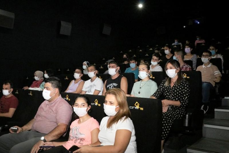 Serebral Palsi hastası çocuklar sinema keyfi yaşadı