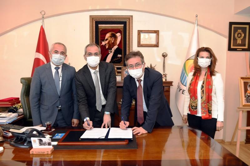 Tarsus Belediyesi, kırsal kalkınma için iki protokole imza attı
