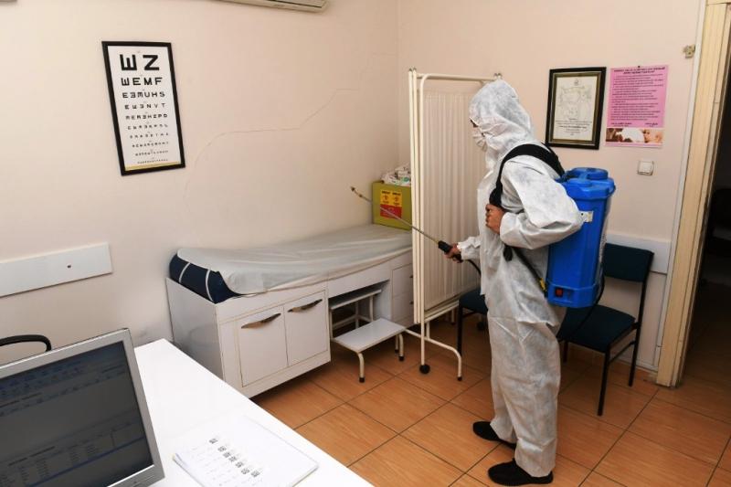 Yenişehir Belediyesi, ilçe genelinde dezenfeksiyona devam ediyor